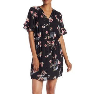 DR2 ruffled sleeve floral dress small